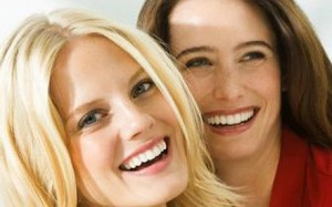 Smiling Women: Kegel8 Great Reviews!