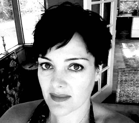Lara Eardley #PelvicMafia
